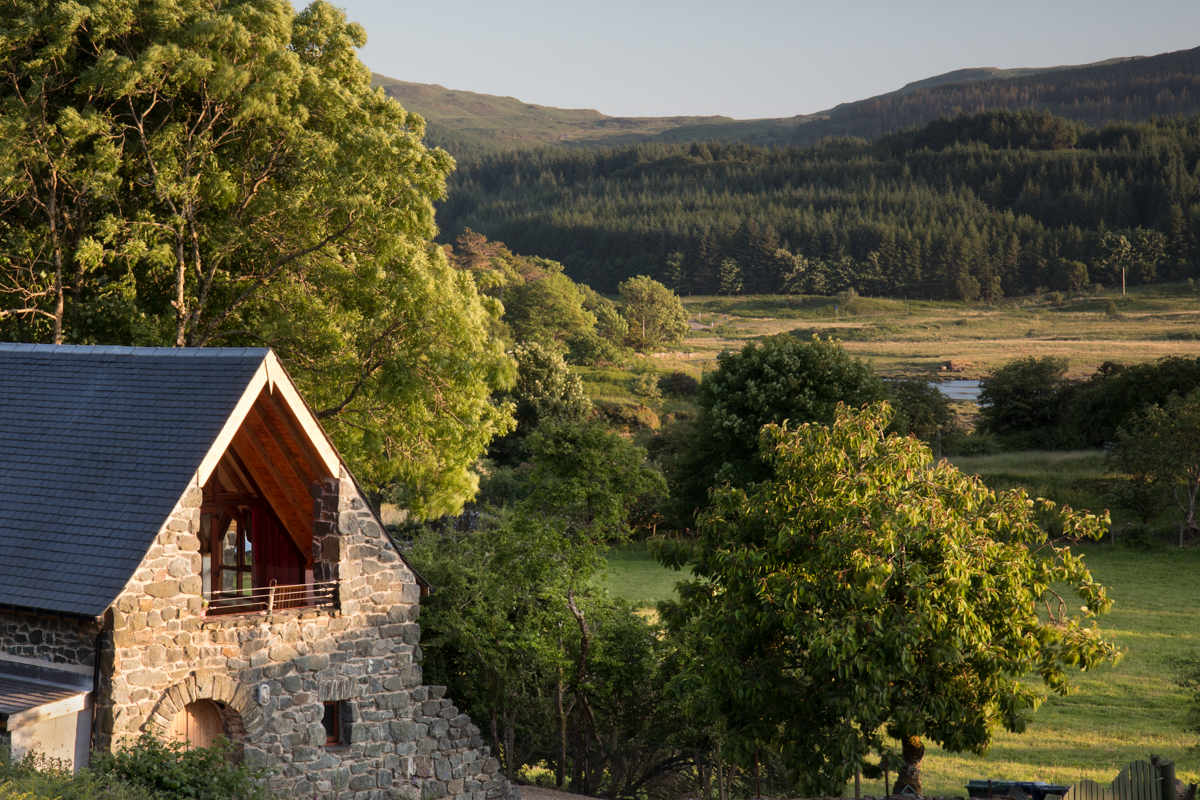 Discover nine of the most unique Isle of Mull holiday houses for special occasions, whether a large family gathering or luxury couple's retreat for two.