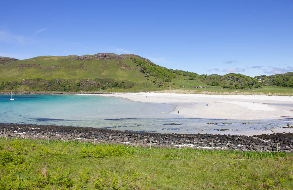 Often named Mull's most beautiful beach, Calgary Bay is a stunning sweep of white sands in a horseshoe shape, with lovely walks along the coastline nearby.