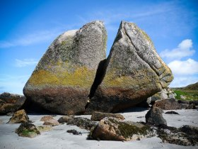 Split boulder on Fionnphort beach
