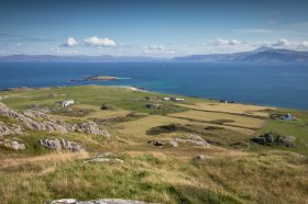 Looking over northern Iona from Dun I