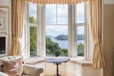 Superb views of the bay from the window - just pull up an armchair
