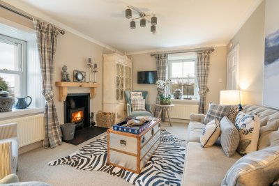 Enjoy a real sense of peace and tranquillity at Balmeanach Farmhouse, with interiors as stunning as the surrounding landscapes