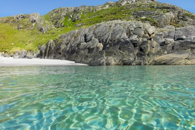 The clear blue seas this area of Mull is known for