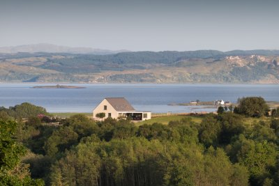 Brightwater Lodge and it's beautiful setting with Loch Don and Grasspoint in the distance