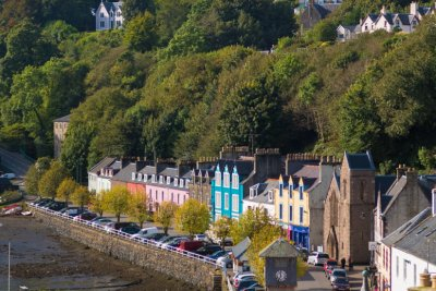 Explore the gift shops and cafes down at the harbour