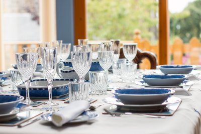 Quality tableware, great for family dining
