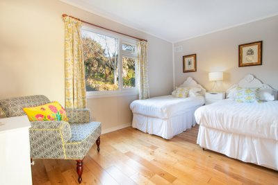 Stylish and comfortable twin bedroom at The Dorran