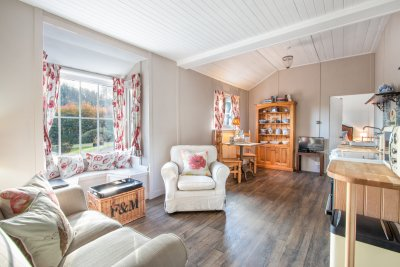 Experience open-plan living at Gardener's Cottage