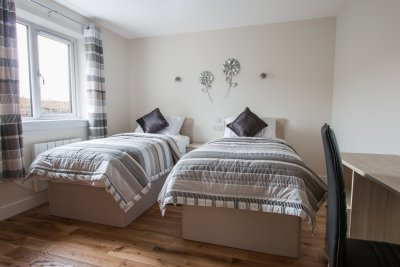 Twin bedroom at Lochside