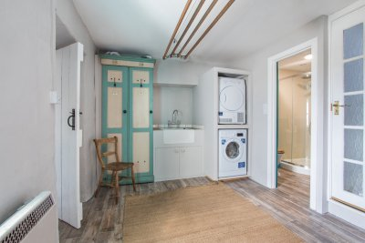 Large utility room with drying rack laundry facilities