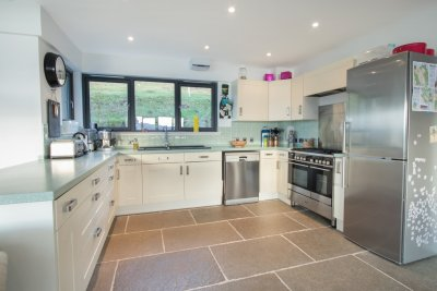 Well appointed spacious kitchen in Snipe