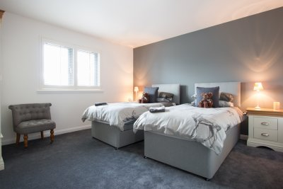 Twin bedroom in The Old Coastguards