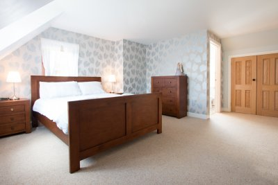 Master double bedroom (king sized bed) with ensuite