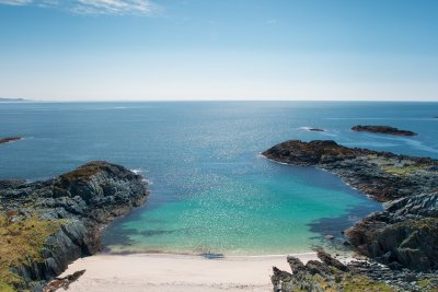 One of the hidden bays to find on the Ross of Mull