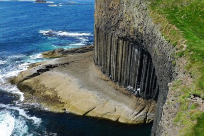 Visit Staffa on a boat trip