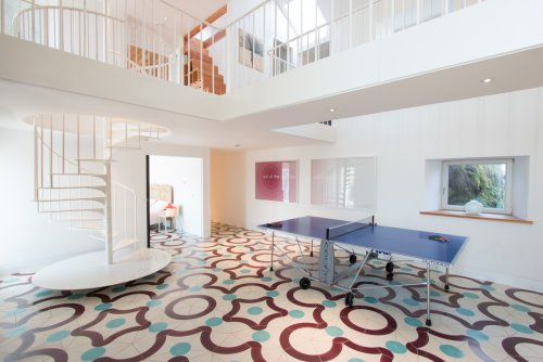 Fabulous atrium with table tennis and Penrose floor