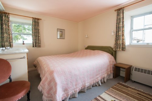 Double bedroom in Stable Cottage