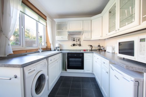 Fitted kitchen at Crosslake