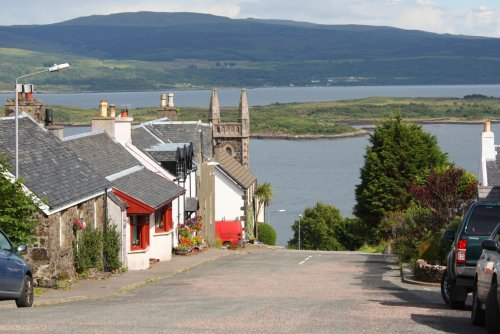 Back streets of Tobermory leading up to the Croft
